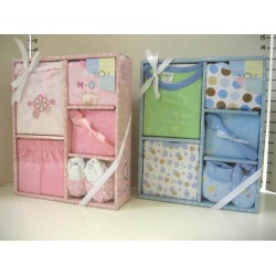 Elegant Kids 2000™ 6-Piece Layette Boxed Gift Set