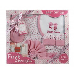 First Smiles™ 7-Piece Layette Boxed Gift Set (TCS-012)